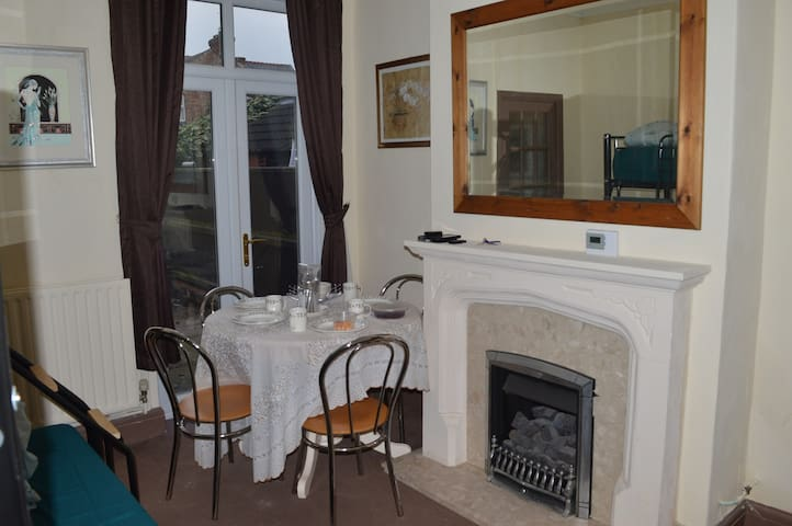 Self- contained unit- Sleeps 3