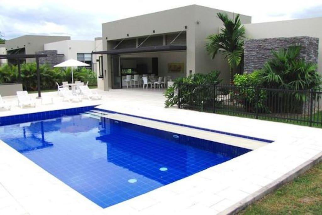Gran reserva de anapoima casa piscina full casas en for Casas vacacionales con piscina