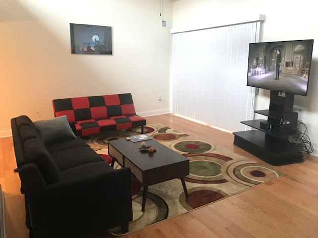 AMAZING Master BR in PERFECT location in C'ville