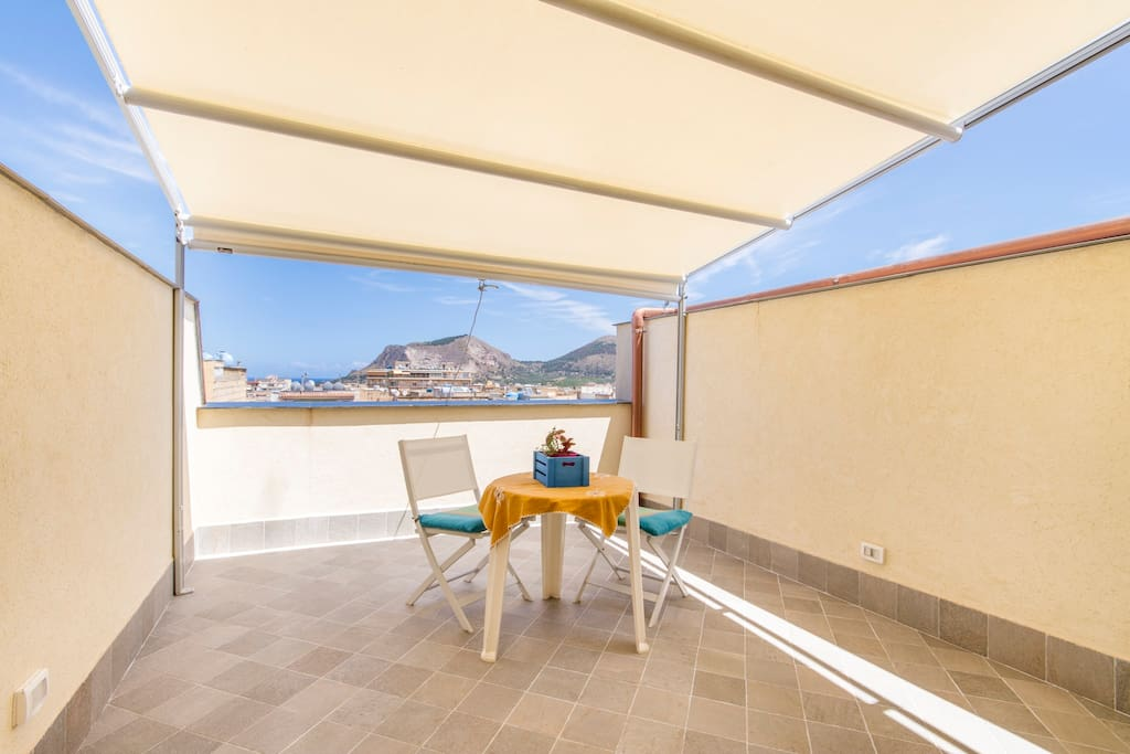 Back terrace facing monte Catalfano and the gulf of Palermo