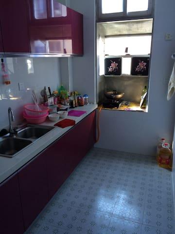 简单装修舒适住宅 - East District - Apartment