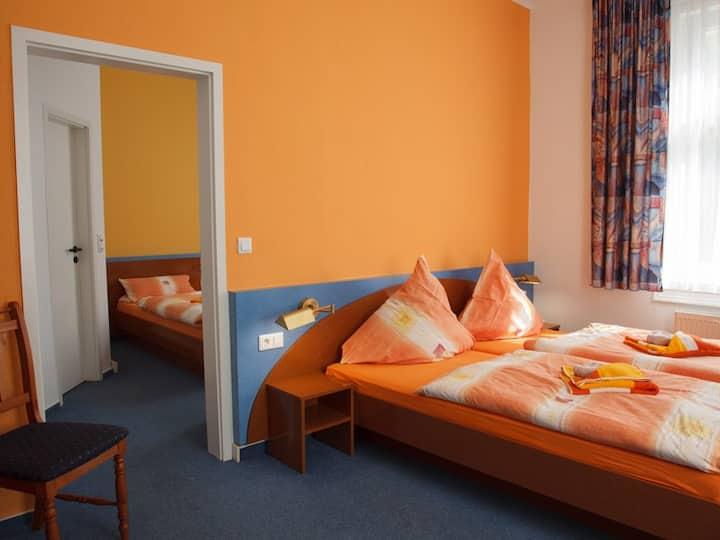 Waldhotel Friedrichroda (Friedrichroda) - LOH05462, Familienzimmer