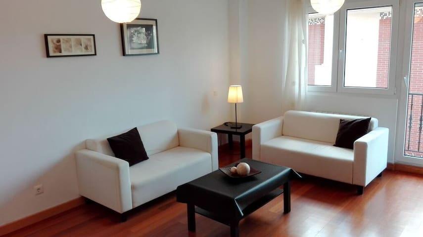 Coqueto piso en Puente Arce. - Arce - Appartement