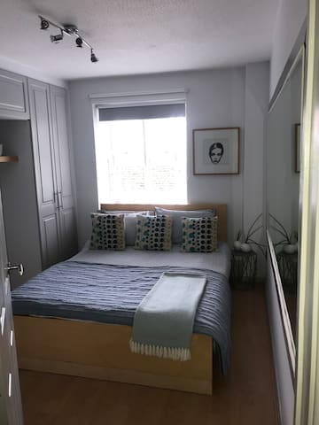 Double Room with free parking close to city centre
