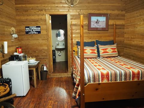 Bunkhouse ~ Charming Rustic Space