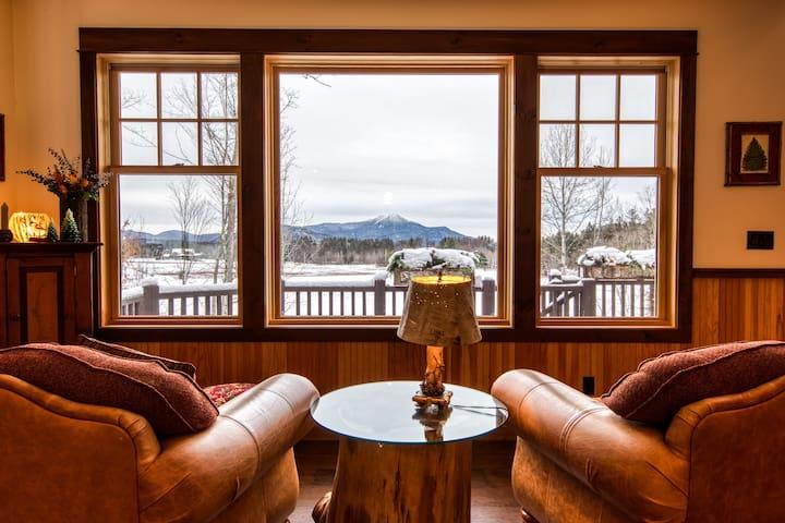 HemLocke Lodge Sitting area