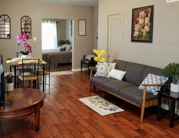 ❤The City Apt❤10min to Everything Free Parking