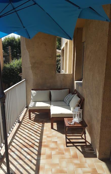 Cosy balcony lounge