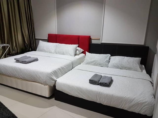I-City Homestay 4pax 2min Central mall (near UiTM)