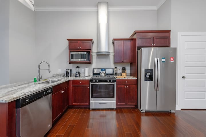 New 2BR|Full Kitchen|Heart of Pittsburgh by GLS