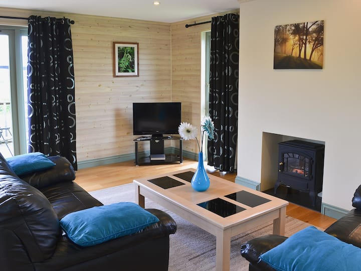 Bluebell Lodge (W43659)