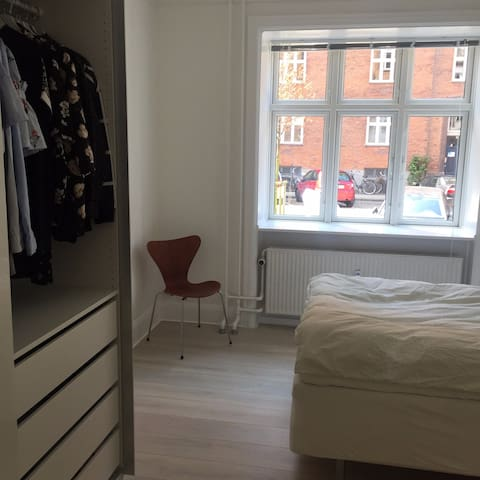 Light and modern apartment in trendy Vesterbro