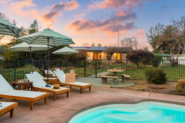 Mockingjay by AvantStay | Peaceful Ranch Home w/ Spa & Pool