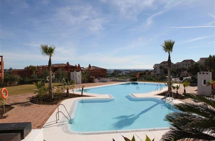 2 Bedroom luxury apartment on the Costa del Sol - Benahavís - Hus