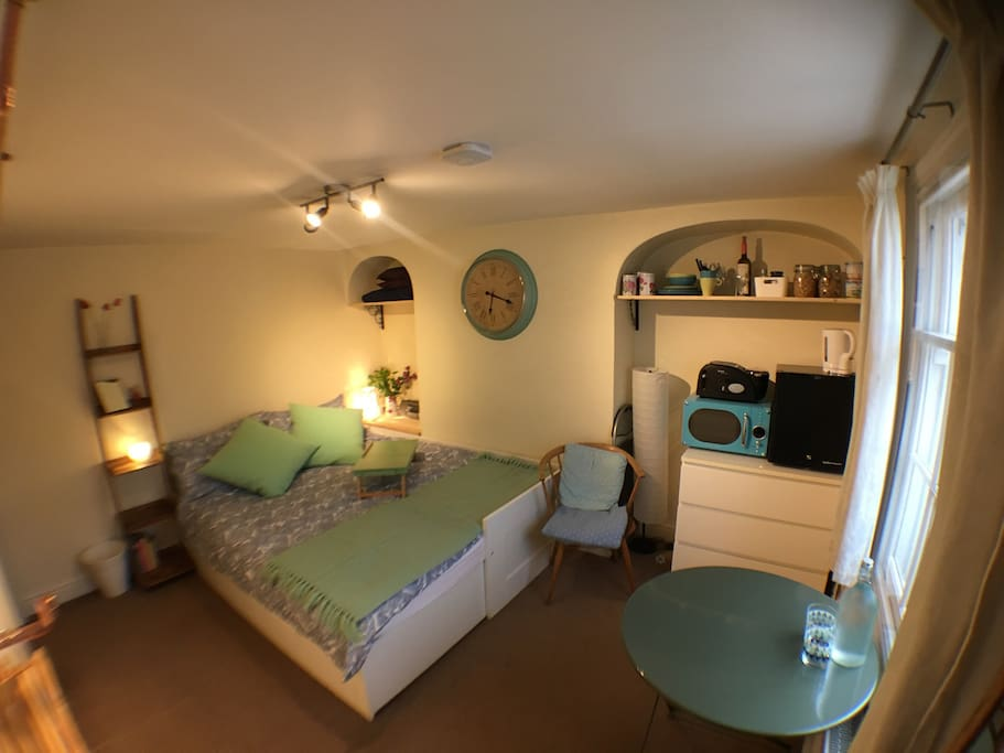 Private ensuite room in central cambridge apartments for rent in cambridge cambs united kingdom - Private dining rooms cambridge ...