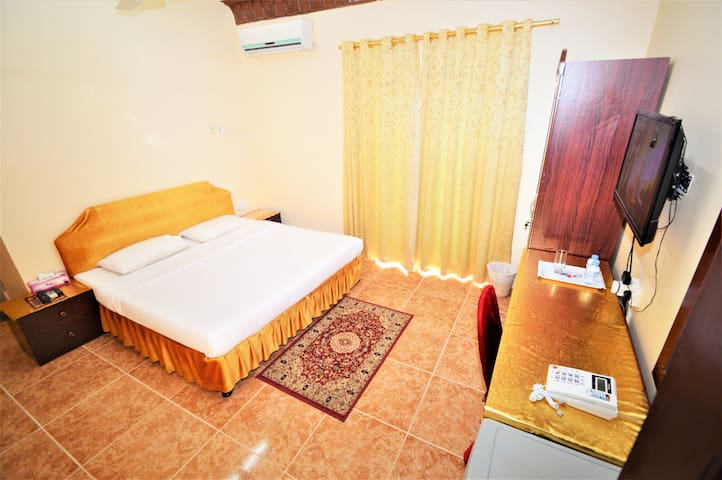 Small Single Room in Sur Hotel in Sur Oman