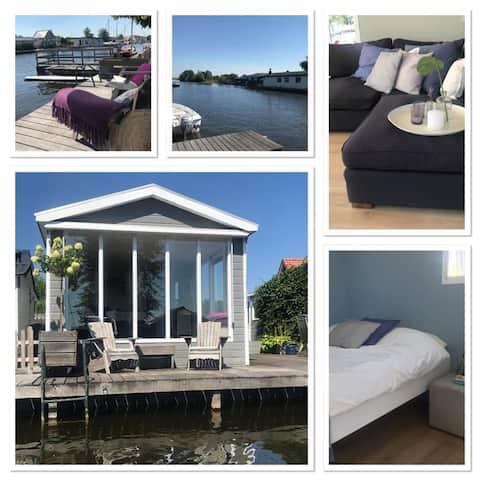 Corona free cottage in Loosdrecht incl elec. boat