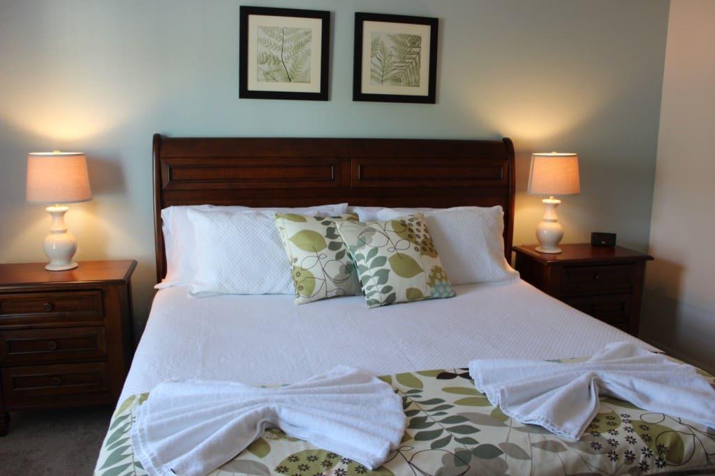 Bedroom, Indoors, Room, Art, Bed