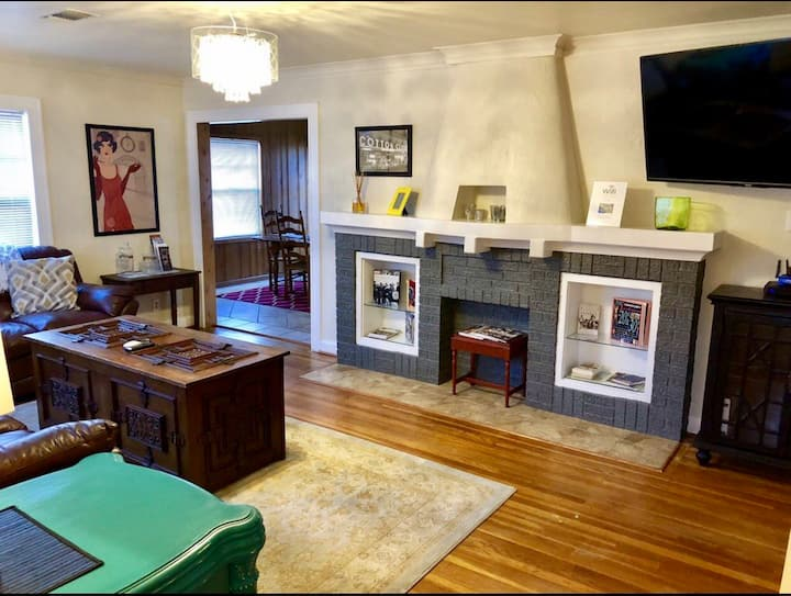 The Roaring 20's & The Rock Island Rail Cottage