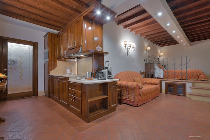 First of Florence Apartment Enrico VIII
