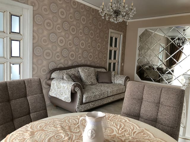 Двухкомнатная квартира в «сердце» Гомеля