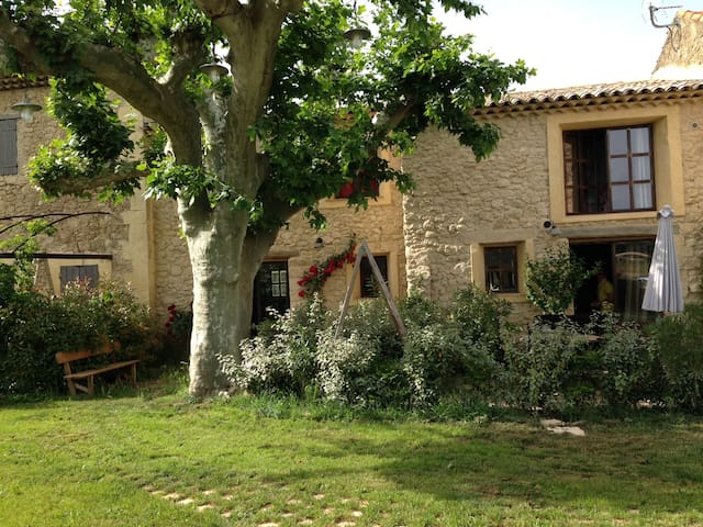 Luberon - Charleval - House