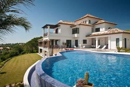 Luxurious Villa in Sotogrande, La Reserva - San Roque