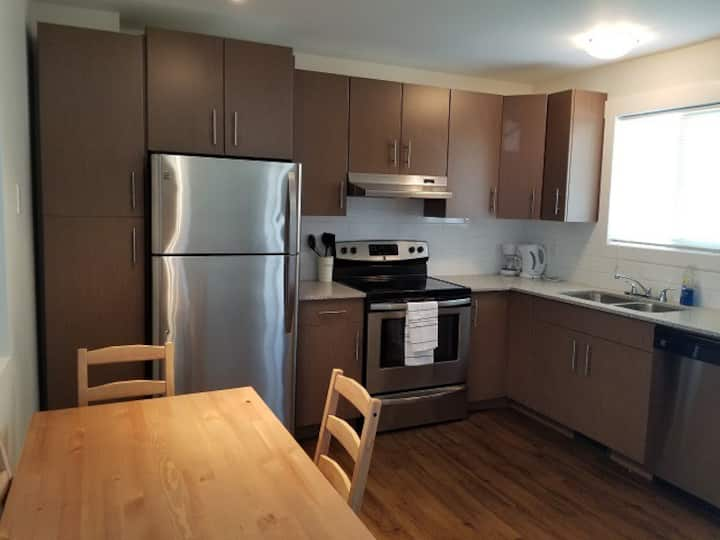 3 Bedroom Stylish Townhome (47)