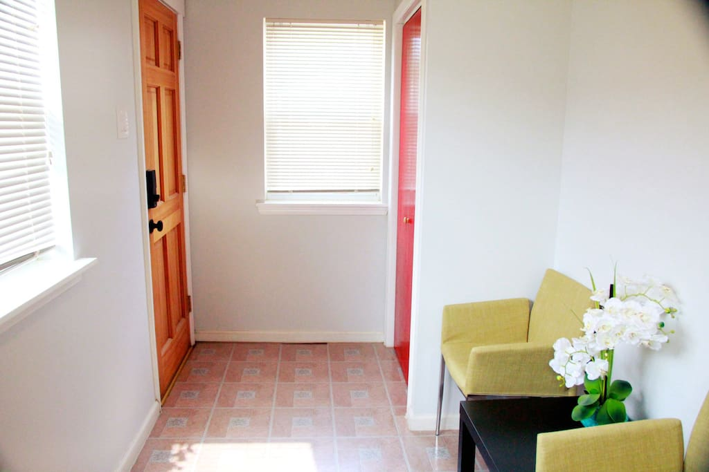 Newly renovated 1 bedroom apartment apartments for rent for 3 bedroom apartments philadelphia
