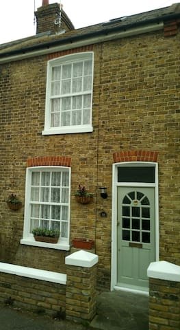Clover Cottage - Broadstairs - Hus