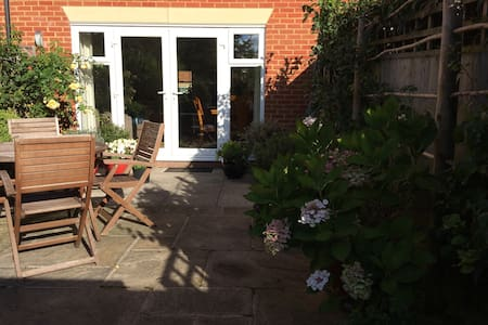 Double bedroom in quiet, central located townhouse