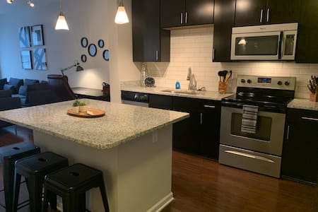 Spacious apt by Premium Outlets and Disney Springs