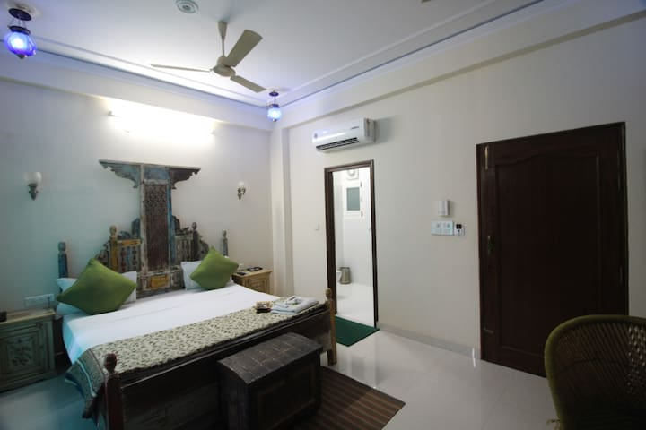 Superior Room near Jal Mahal, Jaipur