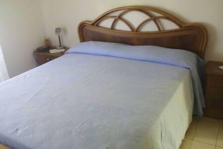 camere da letto matrimoniali - Anzio, Lazio, IT - Talo