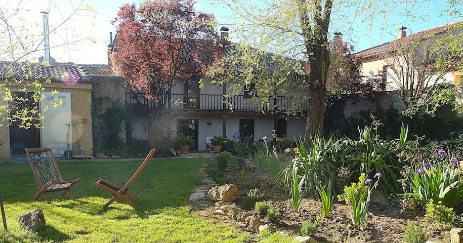 Huge 'Casa Rural' / Country House - Castroverde de Campos - Ev
