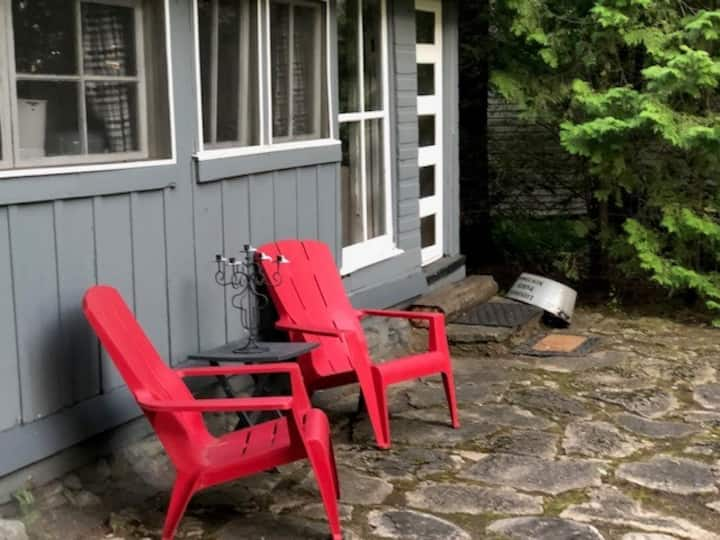 Cottage Glamping in Sturgeon Point, Fenelon Falls