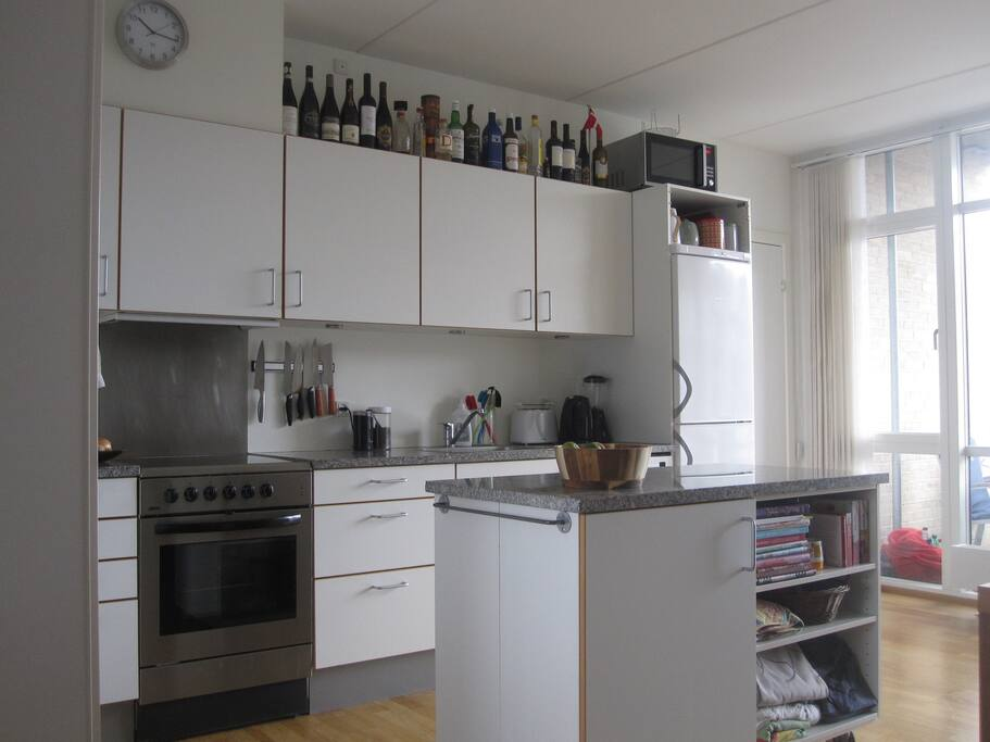 Shared Kitchen (2)