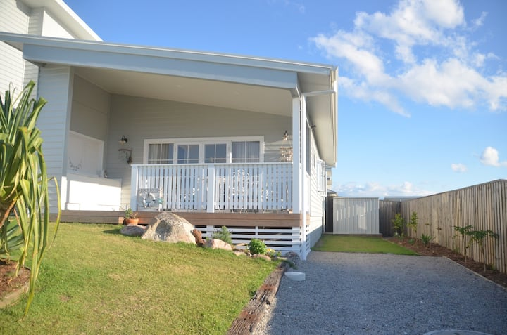 Guest House- Close to Beach