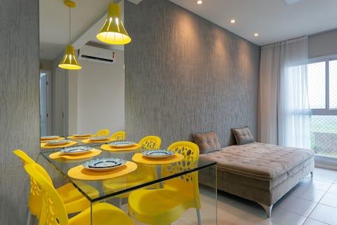Muro Alto Condomínio Clube Resort lindo flat