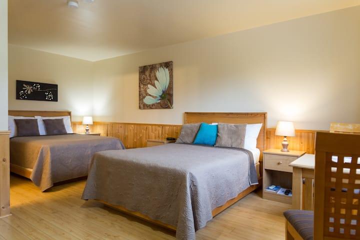 Middle Brook Cottages,  Suite #2