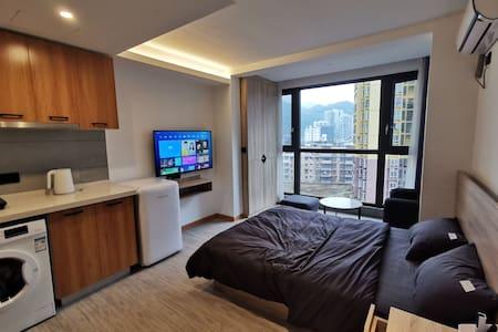 盒子公寓,豪华大床,落地窗