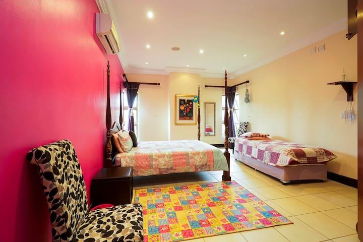 4 Bedroom luxury Villa in Zimbali Coastal Estate - Dolphin Coast - Villa