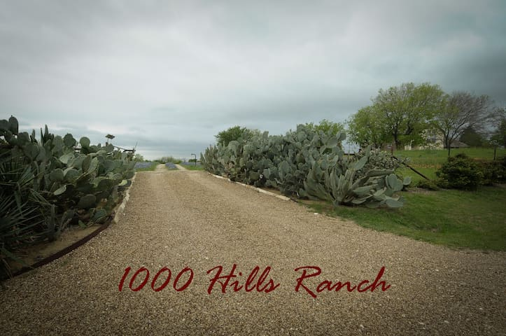 1000 Hills Ranch - Ennis - Дом