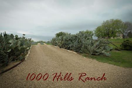 1000 Hills Ranch - Ennis