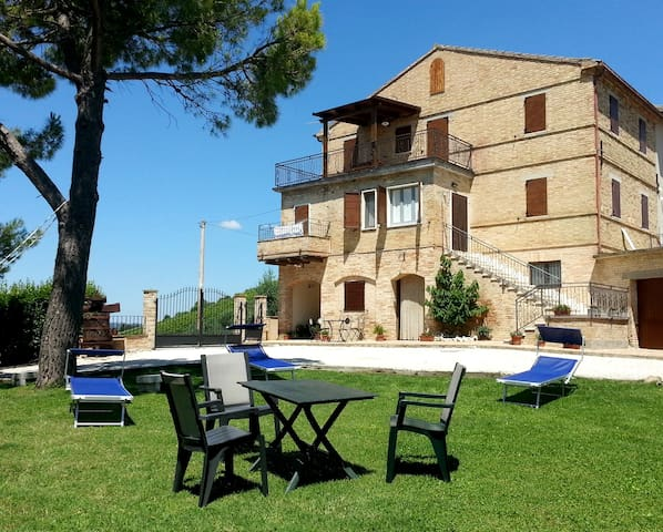 Farmhouse Galanti (Manu apartment) - Cossignano - Apartemen