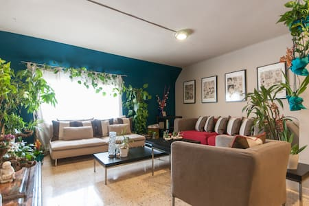 Big room in stylish apartment in BCN city center - Lejlighed