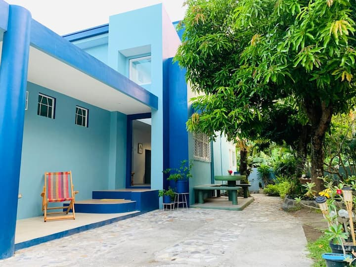 MAGAYON BLUE HOUSE IN THE HEART OF LEGAZPI