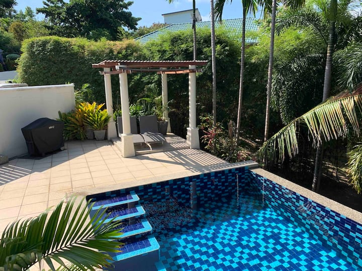 Garden view apartment 1BR, pool, walk to beach