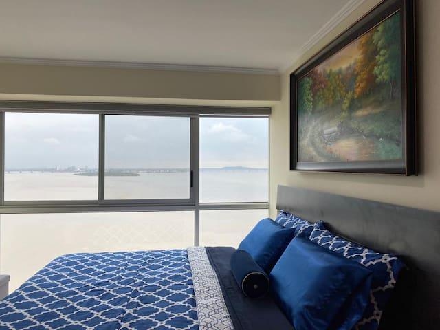 Riverfront II, Suite 804