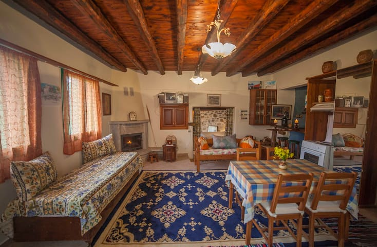 Remote retreat cottage in Amorgos island - Katapola - Haus
